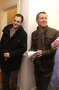 """Johnny Lee Miller and Sean Pertwee  """"Hold""""  exhibition of woirk by Natasha Law at Eleven.  January 12 2006. London. ONE TIME USE ONLY - DO NOT ARCHIVE  © Copyright Photograph by Dafydd Jones 66 Stockwell Park Rd. London SW9 0DA Tel 020 7733 0108 www.dafjones.com"""