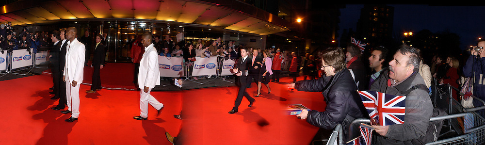 Members of Blue, Daily Mirror pride of Britain awards, Hilton hotel, 15 March 2004. SUPPLIED FOR ONE-TIME USE ONLY> DO NOT ARCHIVE. © Copyright Photograph by Dafydd Jones 66 Stockwell Park Rd. London SW9 0DA Tel 020 7733 0108 www.dafjones.com