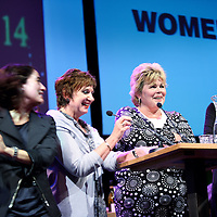 Nederland, Amsterdam , 17 mei 2010..De maandelijkse WOMEN Inc. Talkshow wordt maandag 17 mei een politiek café. In Pakhuis De Zwijger gaat het deze avond over de politieke stem van vrouwen, en de maatschappelijke onderwerpen die hen direct - en de hele samenleving indirect - aangaan. Vrouwen zijn een belangrijke doelgroep voor politici. Immers: vijftig procent van de kiezers is vrouw. Daarom presenteert WOMEN Inc. aan de hand van vijf cases een live stemwijzer rondom de belangrijkste vrouwenzaken van dit moment..Om te zorgen dat de stem van vrouwen na 9 juni meegenomen wordt aan de informatietafel, zijn ook de lijsttrekkers van de grote partijen uitgenodigd. Job Cohen (PvdA) heeft reeds toegezegd..Met: Ingrid de Caluwé (VVD), Mirjam Sterk (CDA), Mariëtte Hamer (PvdA), Christa Meindersma (D66), Ineke van Gent (GroenLinks), Sadet Karabulut (SP), Carola Schouten (CU)..Foto:Jean-Pierre Jans