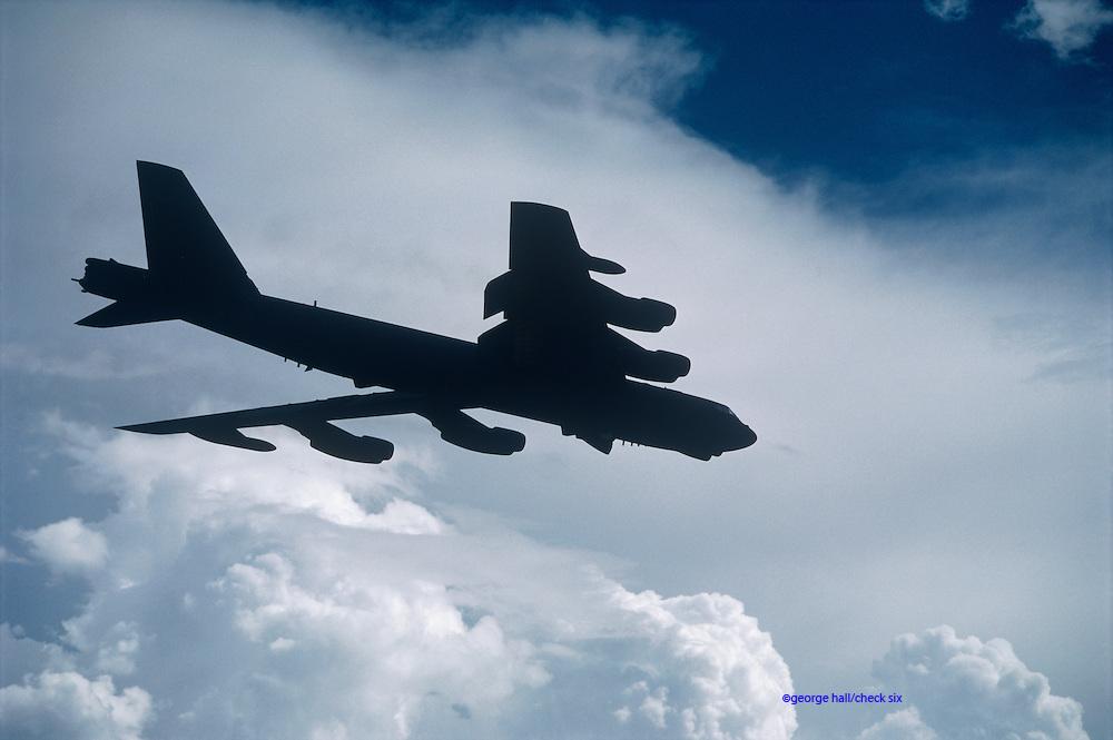 B52 air-to-air