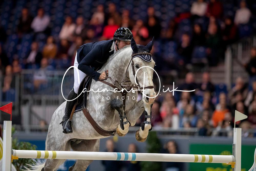 Balsinger Ken, SUI, Heros du Roumaillard<br /> CHI Genève 2019<br /> © Hippo Foto - Dirk Caremans<br />  14/12/2019