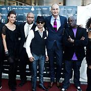 NLD/Amsterdam/20101010 - Premiere soloprogramma Lange Frans in concert, Lange Frans Frederiks en bandleden