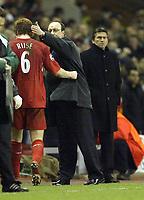 Fotball<br /> Champions League 2004/05<br /> Liverpool v Bayer Leverkusen<br /> 22. febuar 2005<br /> Foto: Digitalsport<br /> NORWAY ONLY<br /> Liverpool's Raphael Benitez pats John Arne Riise after a good performance