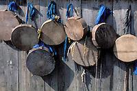 Mongolie. Centre d'initiation chamanique. Shaman. Chamane. Tambours des chamans //Drum of shaman. Shamanisme initiation. Mongolia