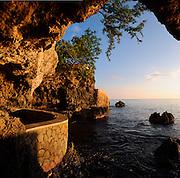Romantic Seaview - The Caves - Negril Jamaica