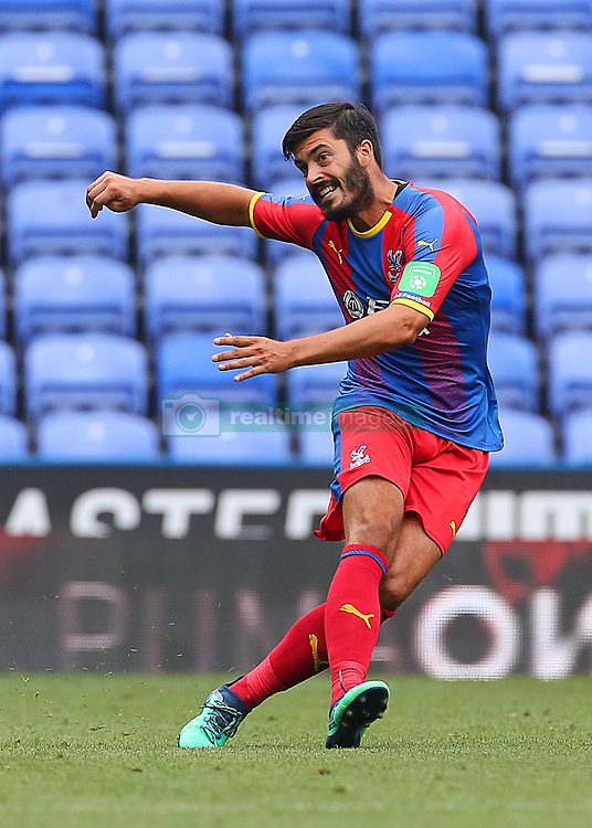 """Crystal Palace's James Tomkins during the pre-season friendly match at the Madejski Stadium, Reading. PRESS ASSOCIATION Photo. Picture date: Saturday July 28, 2018. See PA story SOCCER Reading. Photo credit should read: Mark Kerton/PA Wire. RESTRICTIONS: EDITORIAL USE ONLY No use with unauthorised audio, video, data, fixture lists, club/league logos or """"live"""" services. Online in-match use limited to 75 images, no video emulation. No use in betting, games or single club/league/player publications."""