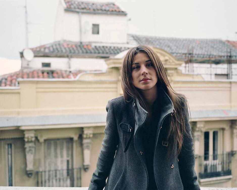 Model: Sara Medina