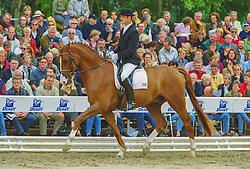, Warendorf - Bundeschampionate 29.08. - 02.09.2001, Ehrenstar - Möller, Ulf Dr