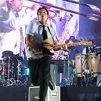 Mexico, D.F. 27/06/2015. Concierto de la banda Maldita Vecindad y Los Hijos del Quinto Patio, quienes asi concluyeron su gira de celebracion por 30 anos de carrera. Desorden Publico.