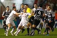 20090701: PORTO ALEGRE, BRAZIL - Internacional vs Corinthians: Brazilian Cup 2009 - Final - 2nd Leg. In picture: Andres D'Alessandro (Internacional) and Willian (Corinthians, L). PHOTO: CITYFILES