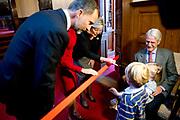 Bezoek van Koning Felipe VI en Koningin Letizia van Spanje aan Nederland.<br /> <br /> Visit of King Felipe VI and Queen Letizia of Spain to the Netherlands.<br /> <br /> Op de foto / On the Photo: Koning Felipe VI en Koningin Letizia van Spanje bezoeken de eerste kamer  ////  King Felipe VI and Queen Letizia of Spain visit the Dutch Parliament