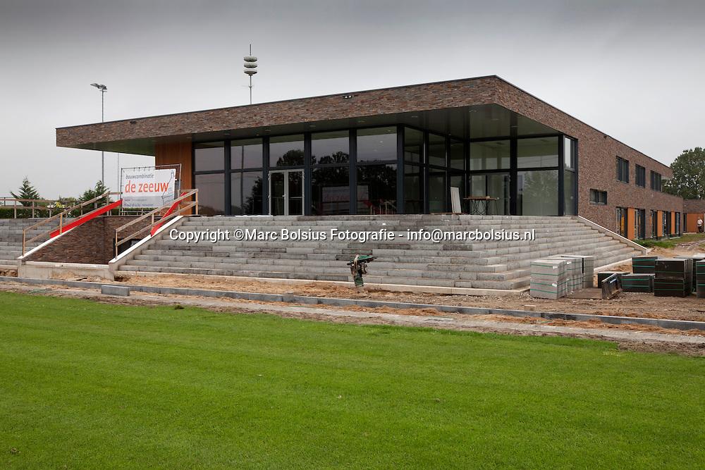 engelen,het nieuwe hoofdgebouw van voetbalclub engelen
