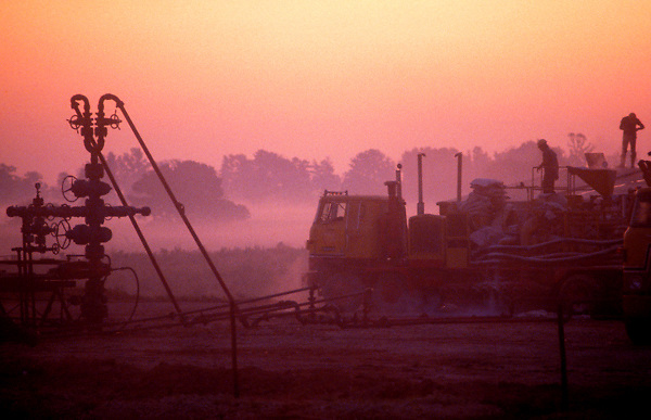 Stock photo of an East Texas CO2 fracking operation at sunrise