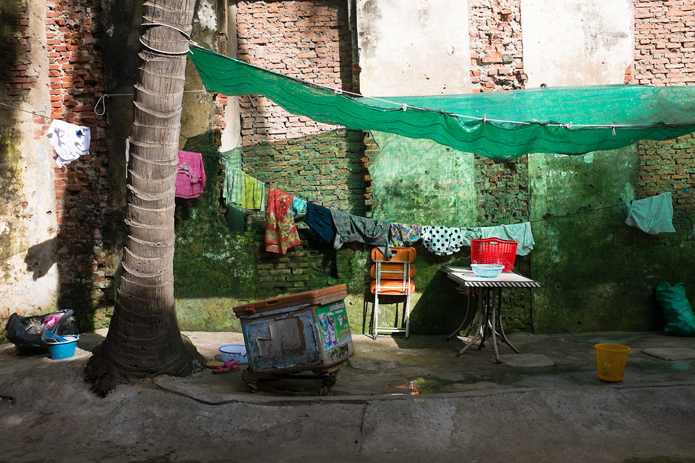 Courtyard of a house in Phnom Penh, Cambodia.<br /> Photo by Lorenz Berna