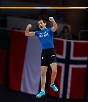 Friidrett<br /> Foto: Gepa/Digitalsport<br /> NORWAY ONLY<br /> <br /> GOETEBORG,SCHWEDEN,03.MAR.13 - SPORT DIVERS, LEICHTATHLETIK - EAA Europameisterschaften, Stabhochsprung, Herren. Bild zeigt den Jubel von Renaud Lavillenie (FRA).