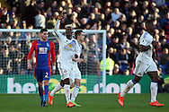 Didier Ndong  of Sunderland © celebrates after scoring Sunderland's second goal. Premier League match, Crystal Palace v Sunderland at Selhurst Park in London on Saturday 4th February 2017. pic by Steffan Bowen, Andrew Orchard sports photography.
