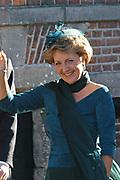 Zijne Hoogheid Prins Floris van Oranje Nassau, van Vollenhoven en mevrouw mr. A.L.A.M. Söhngen zijn donderdag 20 oktober in het stadhuis van Naarden in het burgelijk huwelijk getreden. De prins is de jongste zoon van Prinses Magriet en Pieter van Vollenhoven.<br /> <br /> 20OCT, 2005 - Civil Wedding Prince Floris and Aimée Söhngen. <br /> <br /> Civil Wedding Prince Floris and Aimée Söhngen in Naarden. The Prince is the youngest son of Princess Margriet, Queen Beatrix's sister, and Pieter van Vollenhoven. <br /> <br /> Op de foto / On the photo;<br /> <br /> <br /> Hare Koninklijke Hoogheid Prinses Margriet der Nederlanden <br /> <br /> Her royal highness princess daisy of the The Netherlands