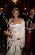 Irina Gorbachev.  Crillon 2004 Debutante Ball. Crillon Hotel. Paris. 26 November 2004. ONE TIME USE ONLY - DO NOT ARCHIVE  © Copyright Photograph by Dafydd Jones 66 Stockwell Park Rd. London SW9 0DA Tel 020 7733 0108 www.dafjones.com