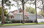 Gehry House, by Frank Gehry, at Santa Monica, California, Deconstructivist Post-Modern. built 1978.