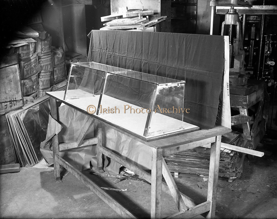 17/01/1953<br /> 01/17/1953<br /> 17 January 1953<br /> Mondor, Ltd. (5a College Street, Dublin) producers of vitreous enamelled shelving for use in shops advertising shots of glass bases.