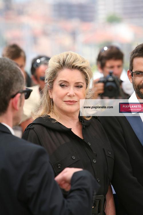 Catherine Deneuve - - Festival de Cannes - Photocall Persepolis - 23/05/2007 - JSB / PixPlanete