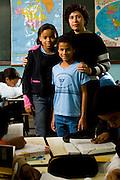 Para de Minas_MG, Brasil...Professora com um garoto com deficiencia visual na Escola Estadual Professor Pereira da Costa...The teacher with a boy with visual disability in the school Estadual Professor Pereira da Costa...Foto: LEO DRUMOND / NITRO