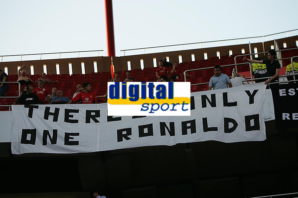 Photo: Lee Earle.<br /> Benfica v Manchester United. UEFA Champions League, Group F. 26/09/2006. The United fans with a Ronaldo banner before the game.