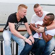 NLD/Naarden/20130502- Presentatie RTL Jokertje vrijgellenfeest, Joey Spaan - Matsoe Matsoe,  Tony Wyczynski - Sterretje en Ricardo Banel