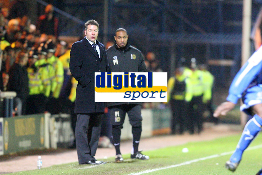 Photo: Pete Lorence/Sportsbeat Images.<br />Peterborough United v Milton Keynes Dons. Coca Cola League 2. 15/12/2007.<br />Darren Ferguson and Paul Ince oversee the action.