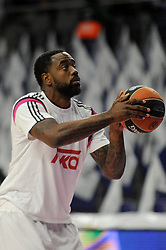 15.04.2015, Palacio de los Deportes stadium, Madrid, ESP, Euroleague Basketball, Real Madrid vs Anadolu Efes Istanbul, Playoffs, im Bild Real Madrid´s Kelvin Rivers // during the Turkish Airlines Euroleague Basketball 1st final match between Real Madrid vand Anadolu Efes Istanbul t the Palacio de los Deportes stadium in Madrid, Spain on 2015/04/15. EXPA Pictures © 2015, PhotoCredit: EXPA/ Alterphotos/ Luis Fernandez<br /> <br /> *****ATTENTION - OUT of ESP, SUI*****