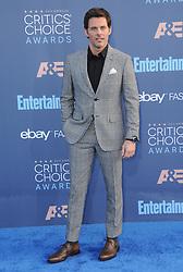 James Marsden  bei der Verleihung der 22. Critics' Choice Awards in Los Angeles / 111216