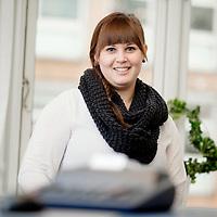 AJ Revision - Medarbejder portræt Stine Brodersen<br /> Revisor