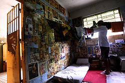 O interno da FASE, em Porto Alegre, M.C.Z, de 19 anos no interior de sua cela, no prédio da instituição. FOTO: Jefferson Bernardes/Preview.com