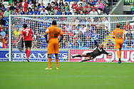Cardiff city's Peter Whittingham (7) scores his sides opening goal from a penalty past wolves keeper Carl Ikeme. NPower championship, Cardiff city v Wolverhampton Wanderers at the Cardiff city stadium in Cardiff, South Wales on Sunday 2nd Sept 2012. pic by Andrew Orchard, Andrew Orchard sports photography,