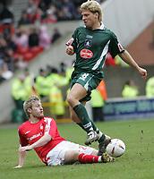 Photo:Paul Thomas. Nottingham Forest v Plymouth Argyle, City Ground, Nottingham. 09/04/2005. Ross Gardner tackles Akos Buzsaky.