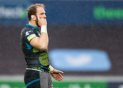 Alun Wyn Jones of Ospreys<br /> <br /> Photographer Simon King/Replay Images<br /> <br /> European Rugby Champions Cup Round 5 - Ospreys v Saracens - Saturday 11th January 2020 - Liberty Stadium - Swansea<br /> <br /> World Copyright © Replay Images . All rights reserved. info@replayimages.co.uk - http://replayimages.co.uk