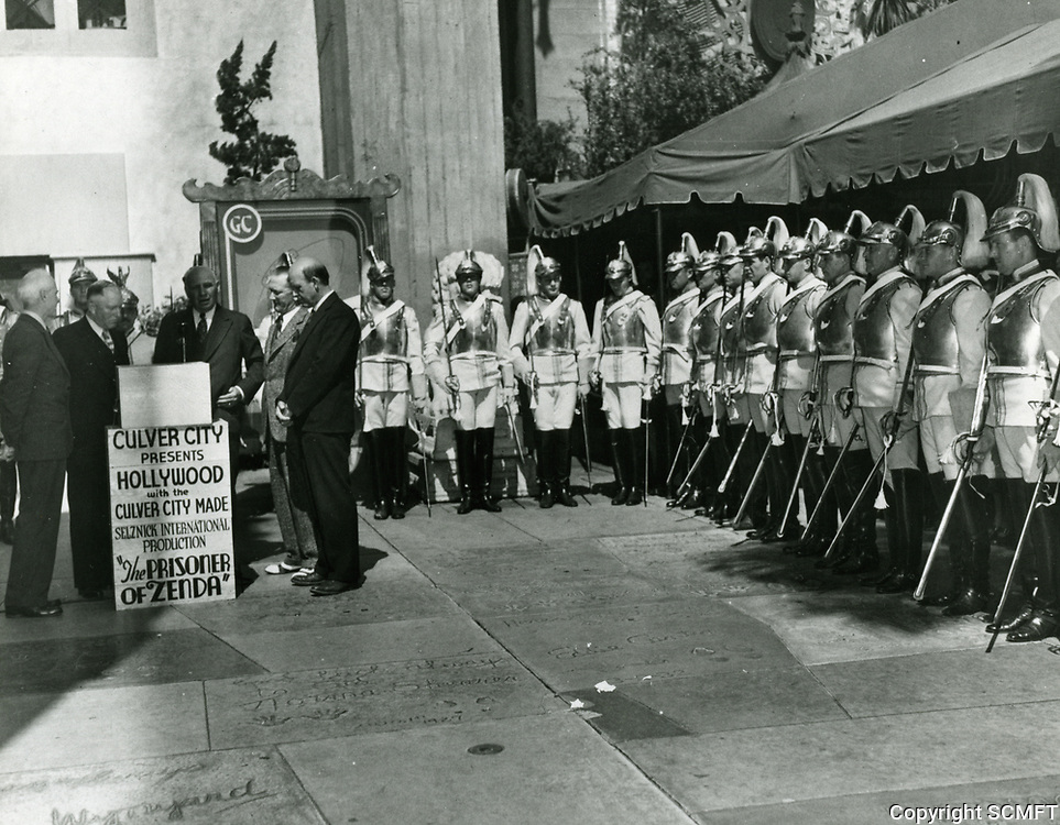 1937 Ceremony at Grauman's Chinese Theater
