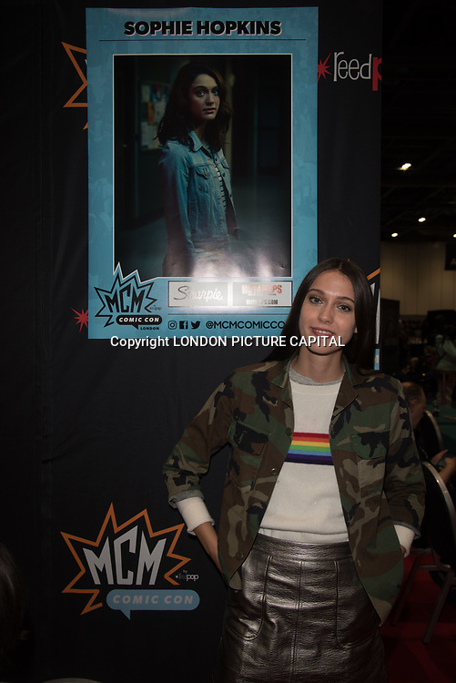 London, UK. 25nd May, 2018. Class star Sophie Hopkins signing at MCM Comic Con event at London Excel.