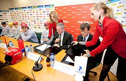 Aleksander svetelsek, general manager of Petrol and Matija Vojsk, director of SZS signing a sponsorship contract at press conference of Men Alpine Ski team and sponsor Petrol, on December 8, 2010 in Petrol, Ljubljana, Slovenia. (Photo By Vid Ponikvar / Sportida.com)