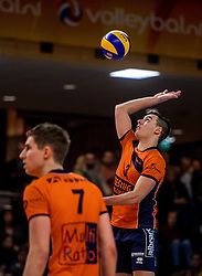 19-02-2017 NED: Bekerfinale Draisma Dynamo - Seesing Personeel Orion, Zwolle<br /> In een uitverkochte Landstede Topsporthal wint Orion met 3-1 de bekerfinale van Dynamo / Stijn Held #3 of Orion