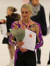 08 Dec 2013 Pokaloverrækkelser Kunstskøjteløb DM