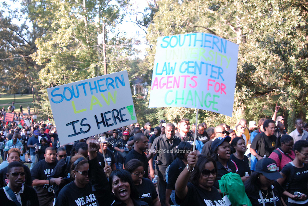 upporters of the so-called Jena Six march toward Jena, Louisiana, U.S., on Thursday, Sept. 20, 2007. Thousands of people gathered to support the black teenagers who had been charged with attempted murder in the beating of a white classmate.(photo/Suzi Altman)