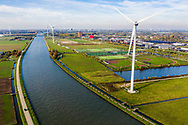 Nederland, Houten,  20181103<br /> Amsterdam-Rijnkanaal bij Houten met een paar grote windmolens<br />  <br /> Foto (c) Michiel Wijnbergh