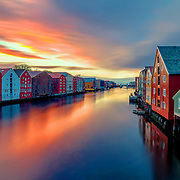 As someone who is living in Trondheim I have taken many pictures over Gamlebrybro (Old city bridge) towards the beautiful wooden houses of bakklandet and brygga but each time the sky and reflection on the water are so amazing and diffrerent. Whenever I buy a new photography instrument I stop by and take a photo to examine the quality. In this photo I have checked the Wonderpana ND System for my Samyang 14 mm. 