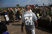 January 27 2016: Oakland Raiders Charles Woodson walks through the crowd to an interview during the Pro Bowl Draft at Wheeler Army Base on Oahu, HI. (Photo by Aric Becker/Icon Sportswire)