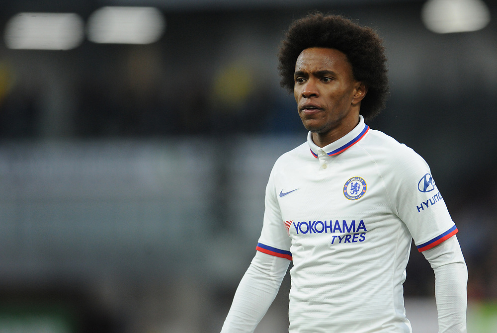 Chelsea's Willian<br /> <br /> Photographer Kevin Barnes/CameraSport<br /> <br /> The Premier League - Burnley v Chelsea - Saturday 26th October 2019 - Turf Moor - Burnley<br /> <br /> World Copyright © 2019 CameraSport. All rights reserved. 43 Linden Ave. Countesthorpe. Leicester. England. LE8 5PG - Tel: +44 (0) 116 277 4147 - admin@camerasport.com - www.camerasport.com