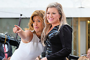 """Photos of the singer Kelly Clarkson performing live on NBC's """"Today"""" at Rockefeller Plaza, NYC on June 8, 2018. © Matthew Eisman/ Getty Images. All Rights Reserved"""