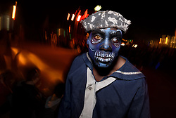 "October 26, 2016 - Long Beach, California, United States - Performer at the Queen Mary's annual Halloween haunt, ""Dark Harbor"". Long Beach, California. October 26, 2016. The immersive event includes six haunted mazes and hundreds of monsters. (Credit Image: © Ronen Tivony/NurPhoto via ZUMA Press)"