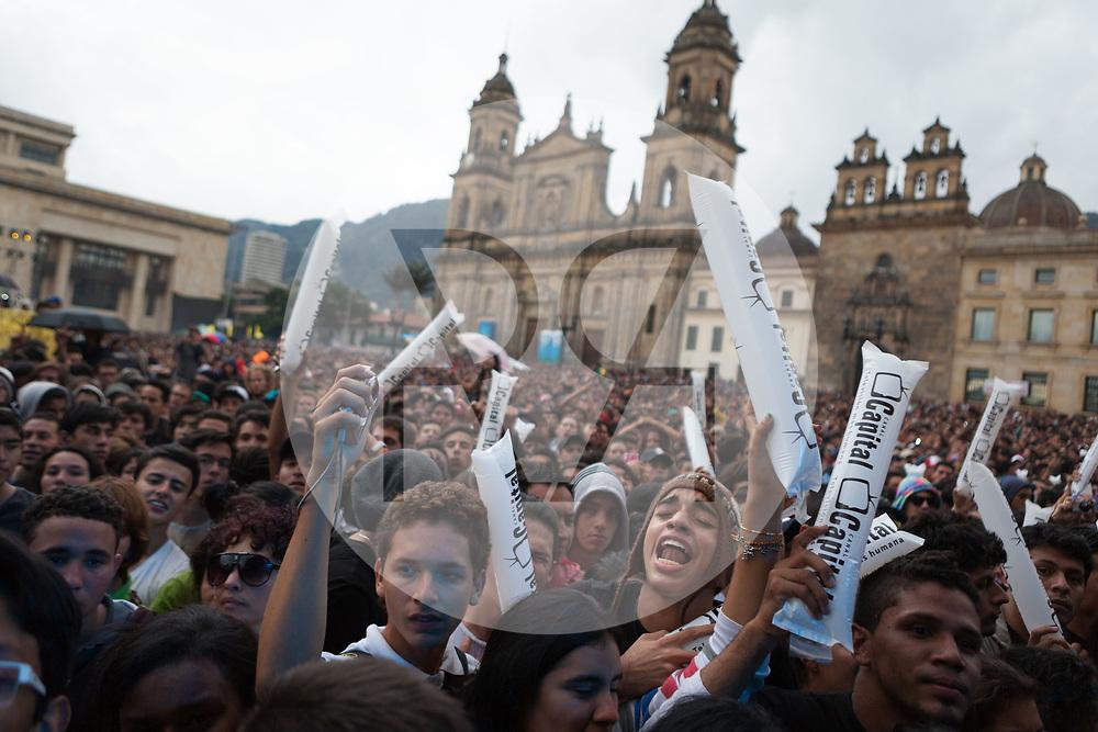 KOLUMBIEN - BOGOTA - Concierto de la Esperanza, Catedral Primada de Colombia, Plaza de Bolívar - 14. Mai 2014 © Raphael Hünerfauth - http://huenerfauth.ch