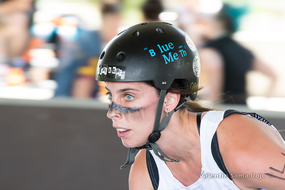 Madrid, Spain. 26th May, 2018. Player #14 Blue Meth of West Team during the warm-up before the game against Roller Derby Madrid B. © Valentin Sama-Rojo